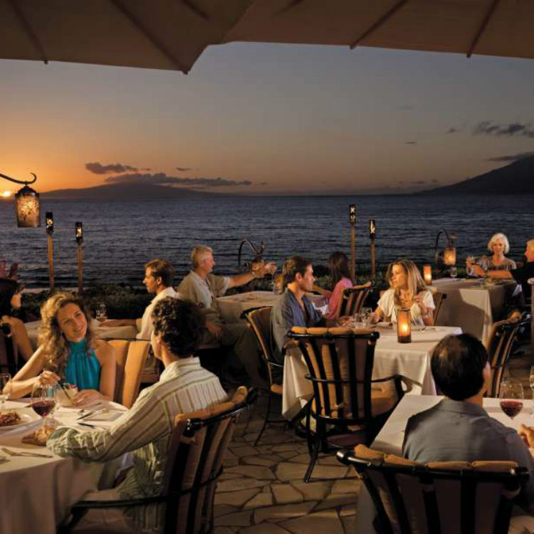 happy hour at ferraros bar four seasons maui