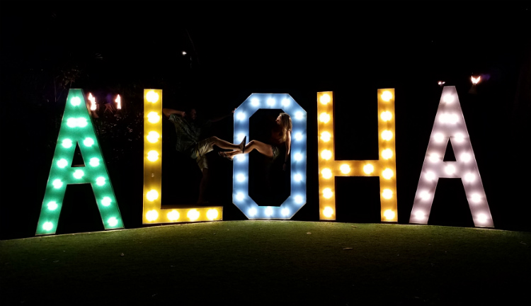 russell snyder and kayla delong at aloha sign maui