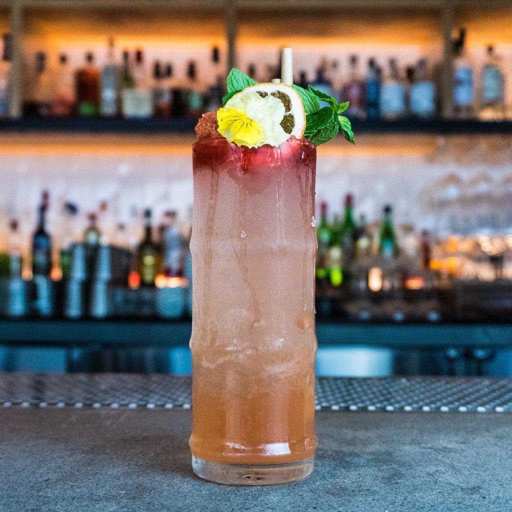happy hour rum cocktail - best wailea maui happy hour