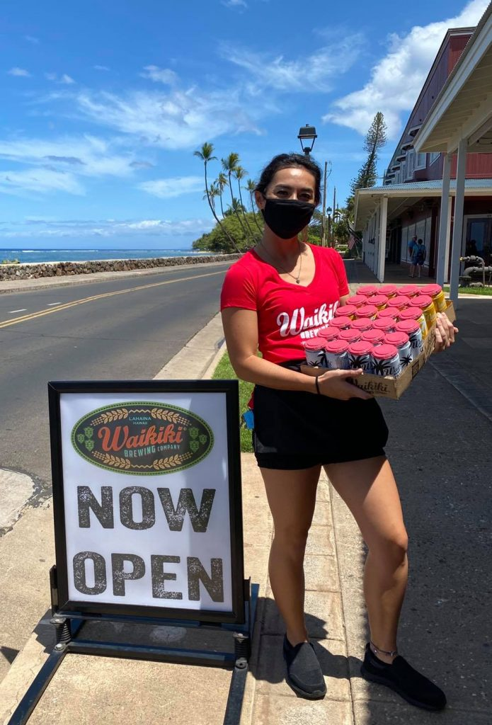 lahaina happy hours