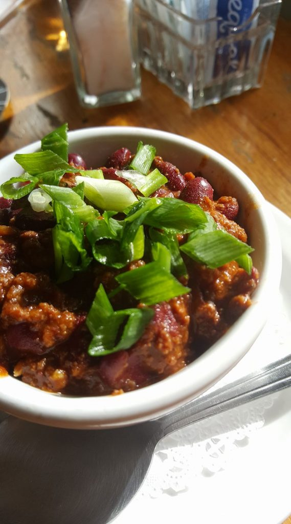 happy hour chili at stopwatch