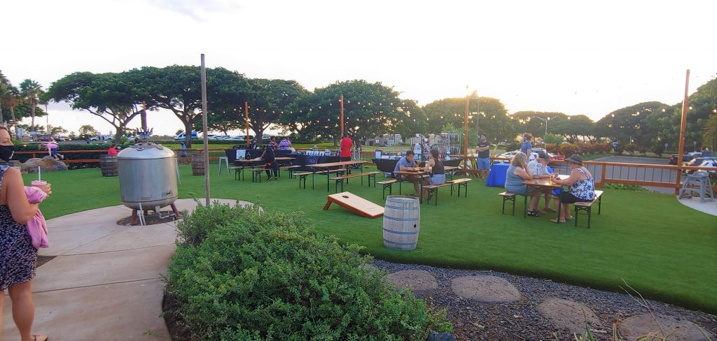 outdoor dining and happy hour area - maui brew co kihei