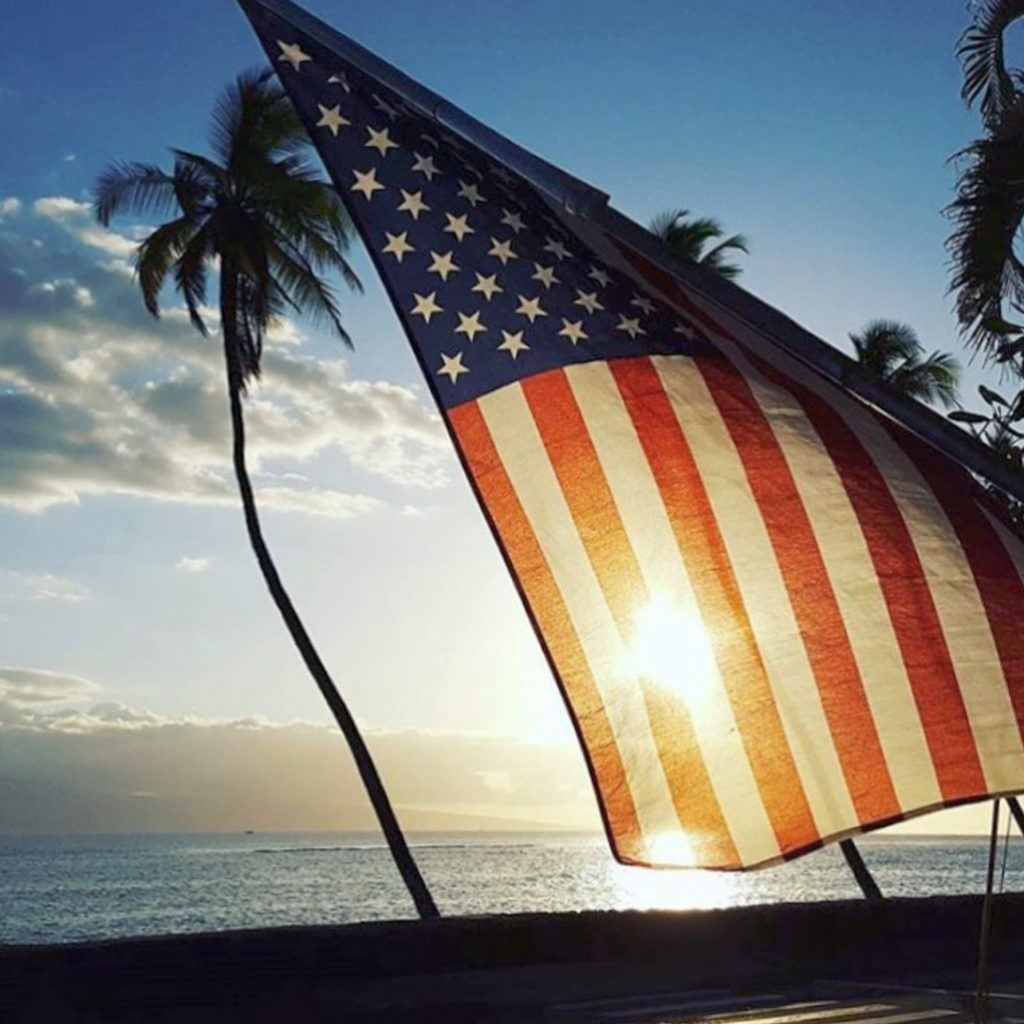 Best Happy Hours Lahaina - USA Flag ocean palm trees Hawaii