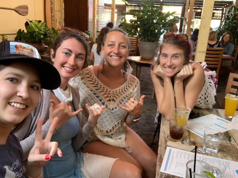 Maui Happy Hours Girls at Cafe Des Amis Paia