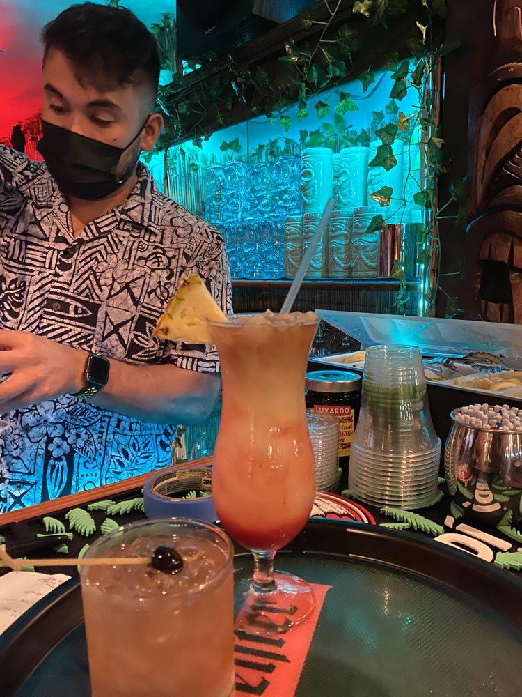 Happy Hour Cocktails Kitchen 5315 Maui