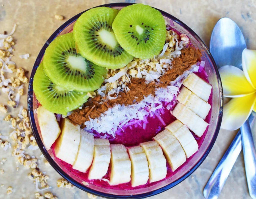 acai bowl with kiwi banana coconut