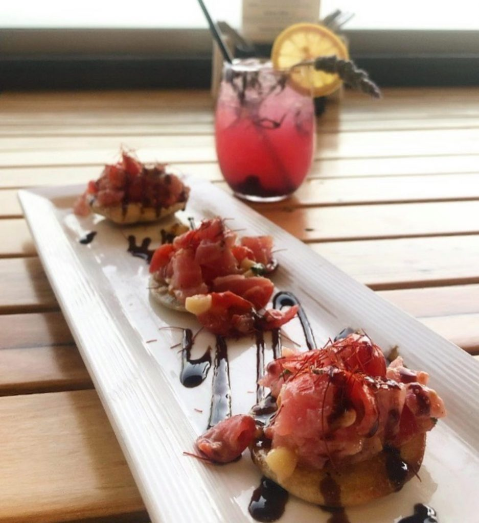 Pi Artisan Lahaina Happy Hour Appetizers and Cocktails 2021