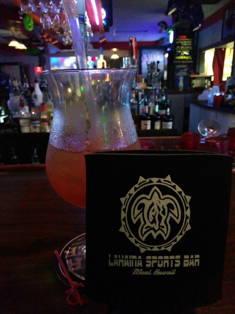 What is the happy hour at lahaina sports bar