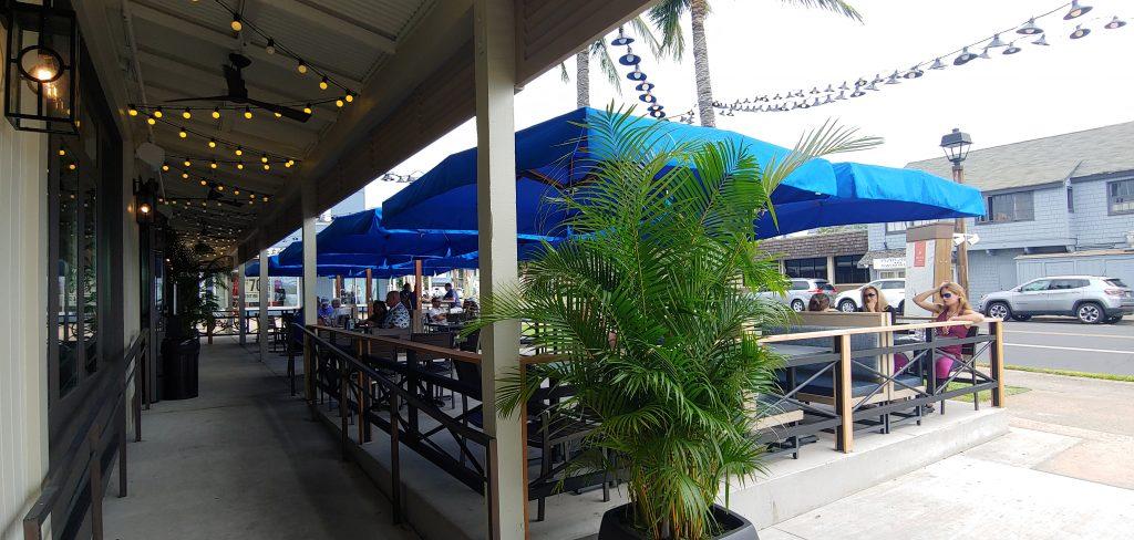 Happy Hour at Tommy Lahaina Maui
