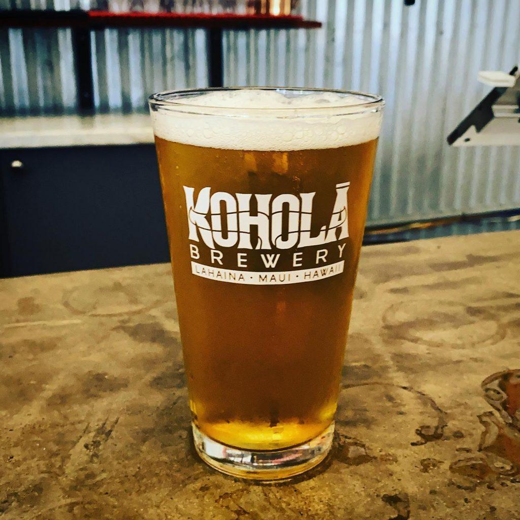 happy hour craft beer