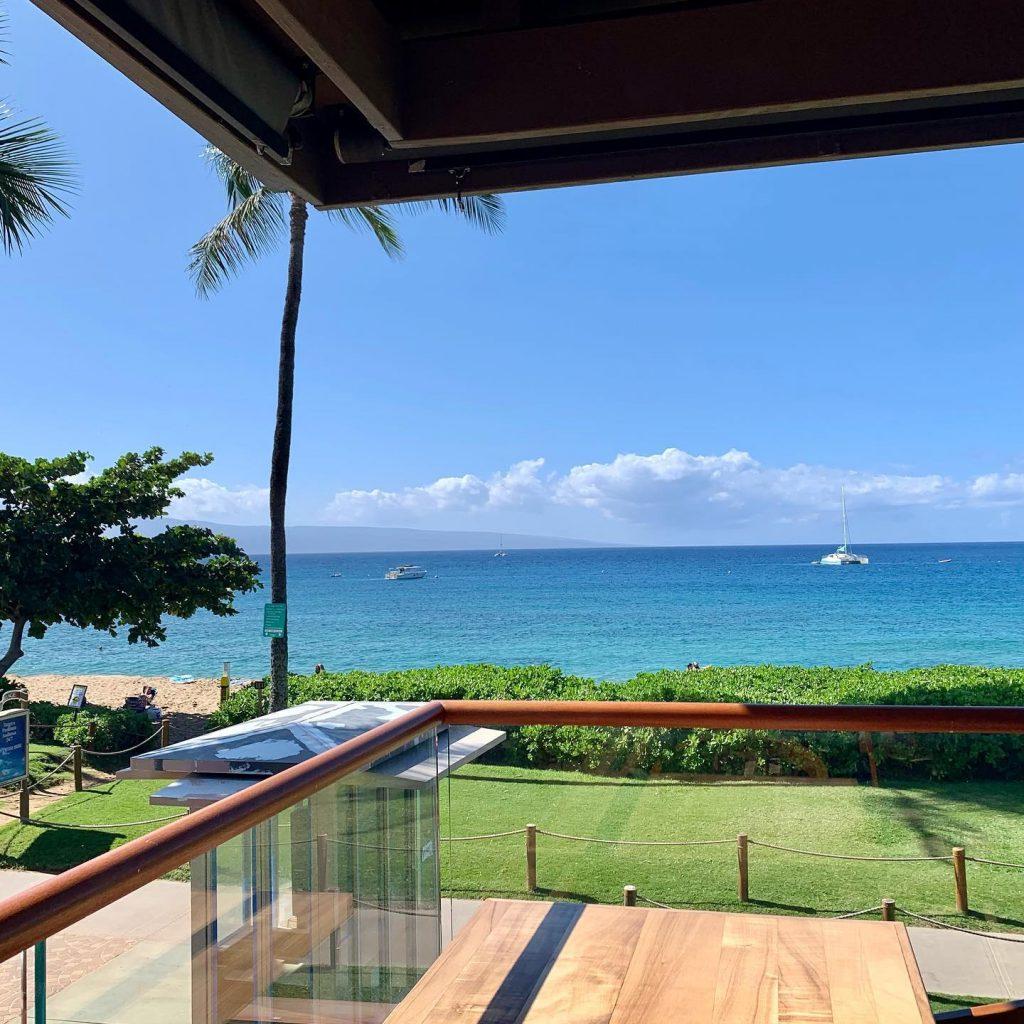 Oceanfront Dining Leilanis Restaurant Maui