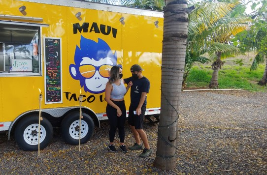 Entrepreneur couple that started a food truck in Hawaii