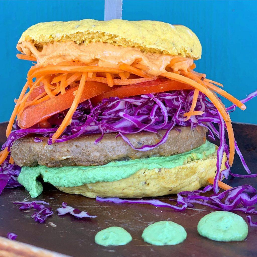 Vegan Burger - Vegetarian Hamburger Maui - Beautiful Food