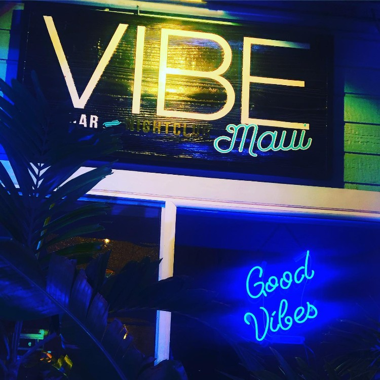 Vibe-Maui-Happy-Hour