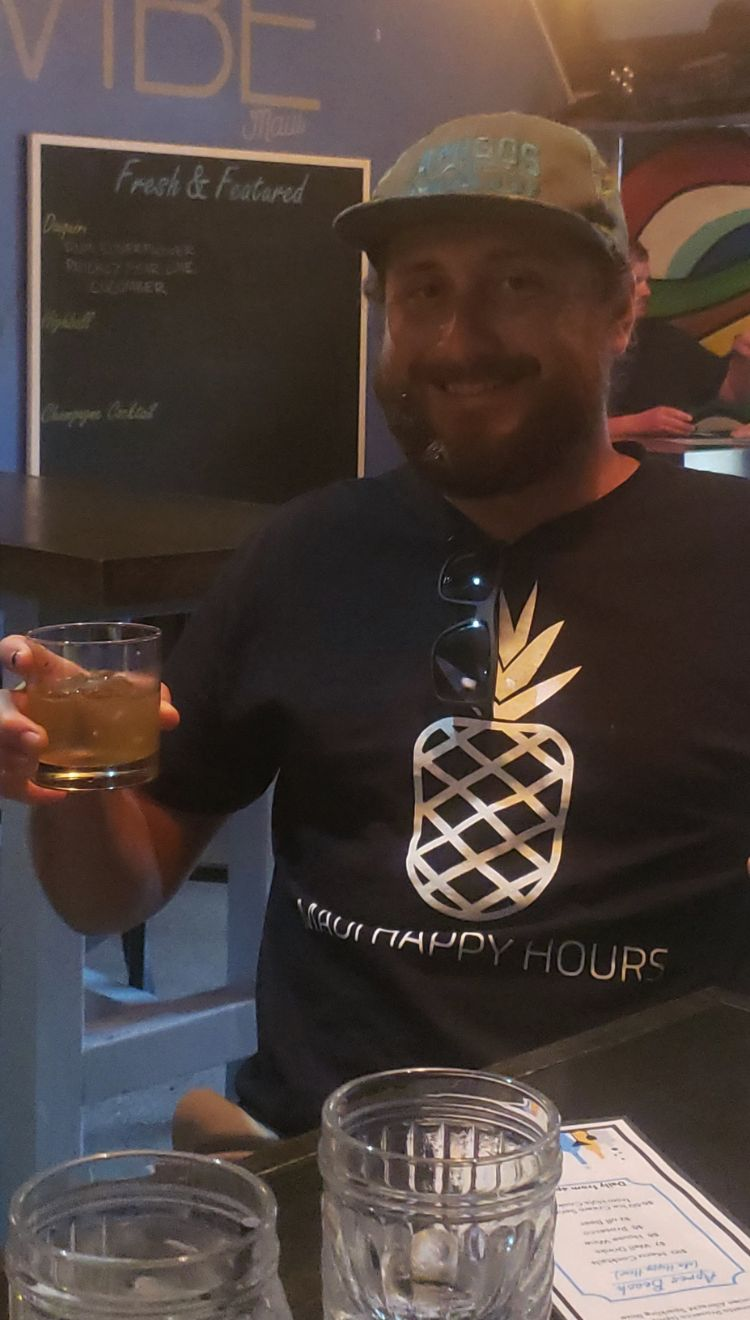 Russell from Maui Happy Hours at Vibe Bar