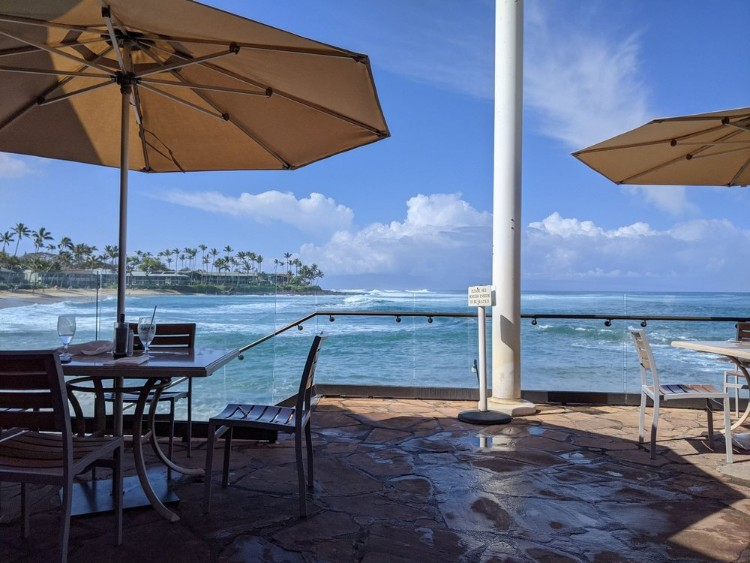 happy hour specials at sea house restaurant