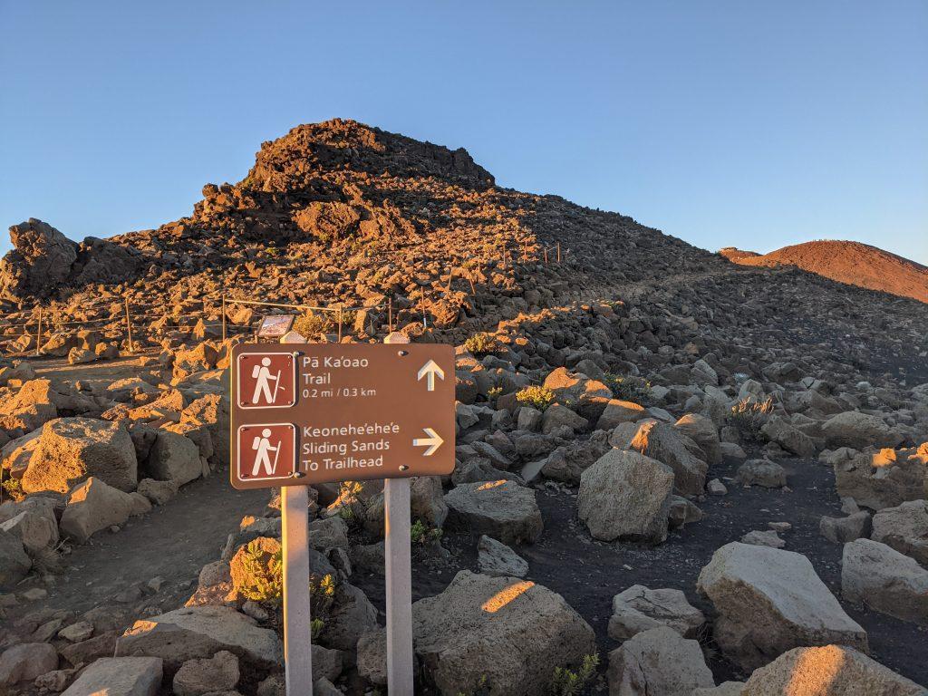 Haleakala Maui sunrise 2021 - Pa Kaoao Trail - Keoneheehee Sliding Sands Trail Maui - Hiking