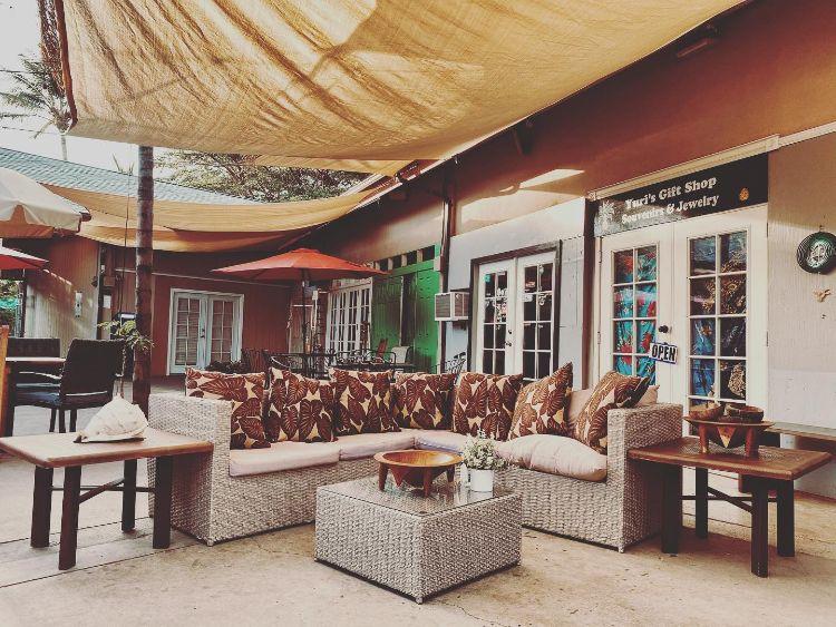 Outdoor seating at Haleakava kava bar Kihei