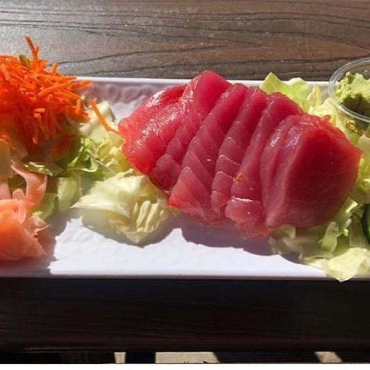 Sashimi plate at Paia Fish Market happy hour