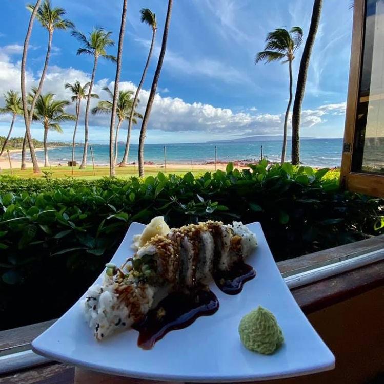 5-Palms-Happy-Hour-Maui
