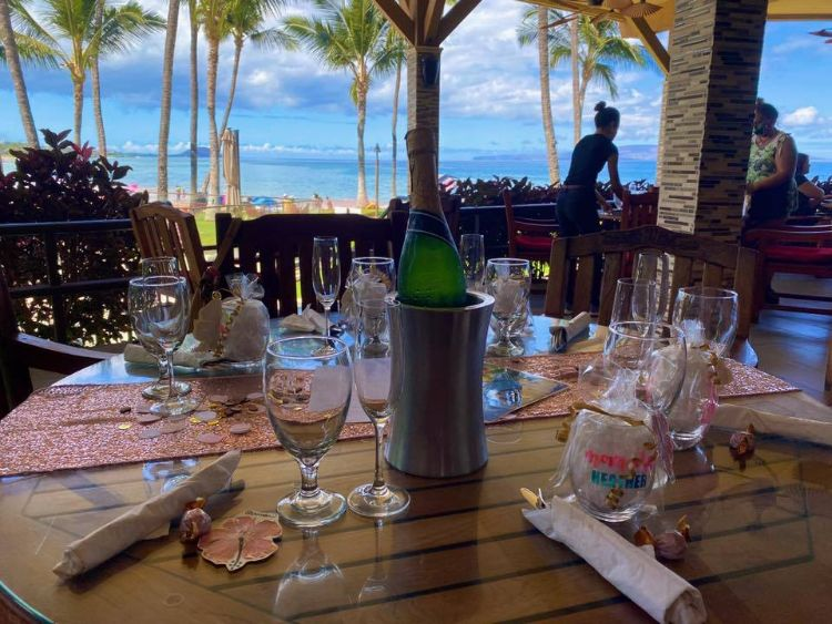 Happy hour party at 5 palms maui