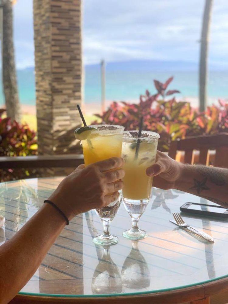 Cheers and toast in Hawaii