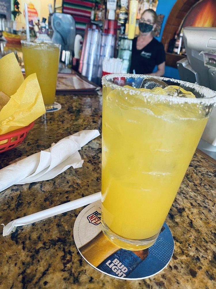 Margaritas at Amigos Maui Happy Hour