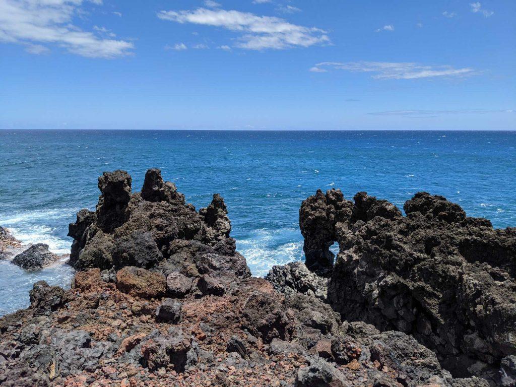 Maui lava arch
