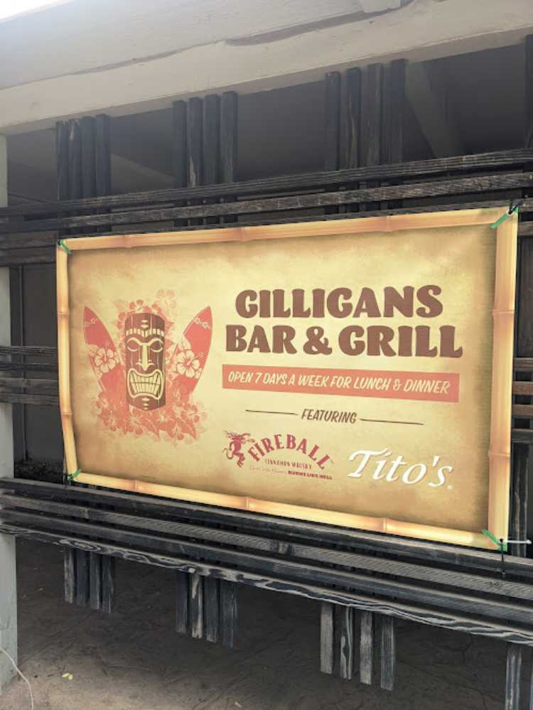 Gilligans Bar Maui