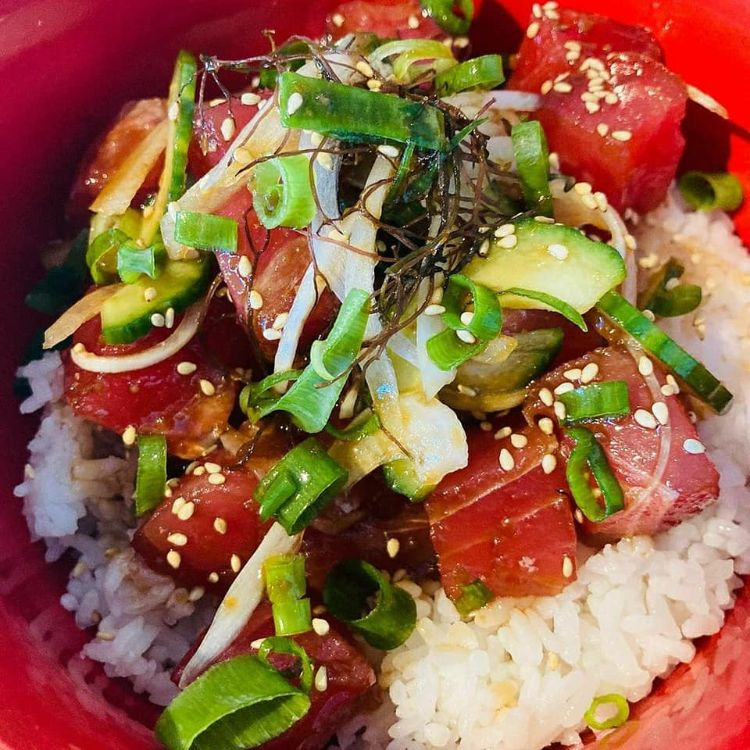 Poke bowl Happy hour at Southshore Grindz Kihei HI Maui restaurant