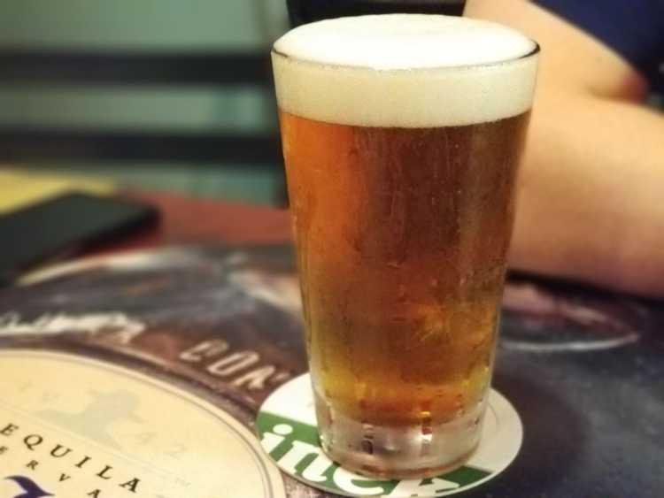 Happy hour beer menu - Maui Brew Co IPA Craft Beer