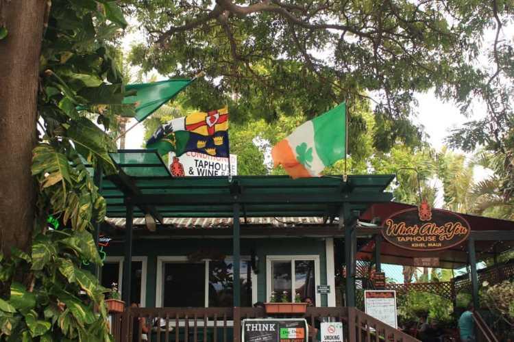 Best Hawaii bars - Dog and Duck Kihei Maui HI