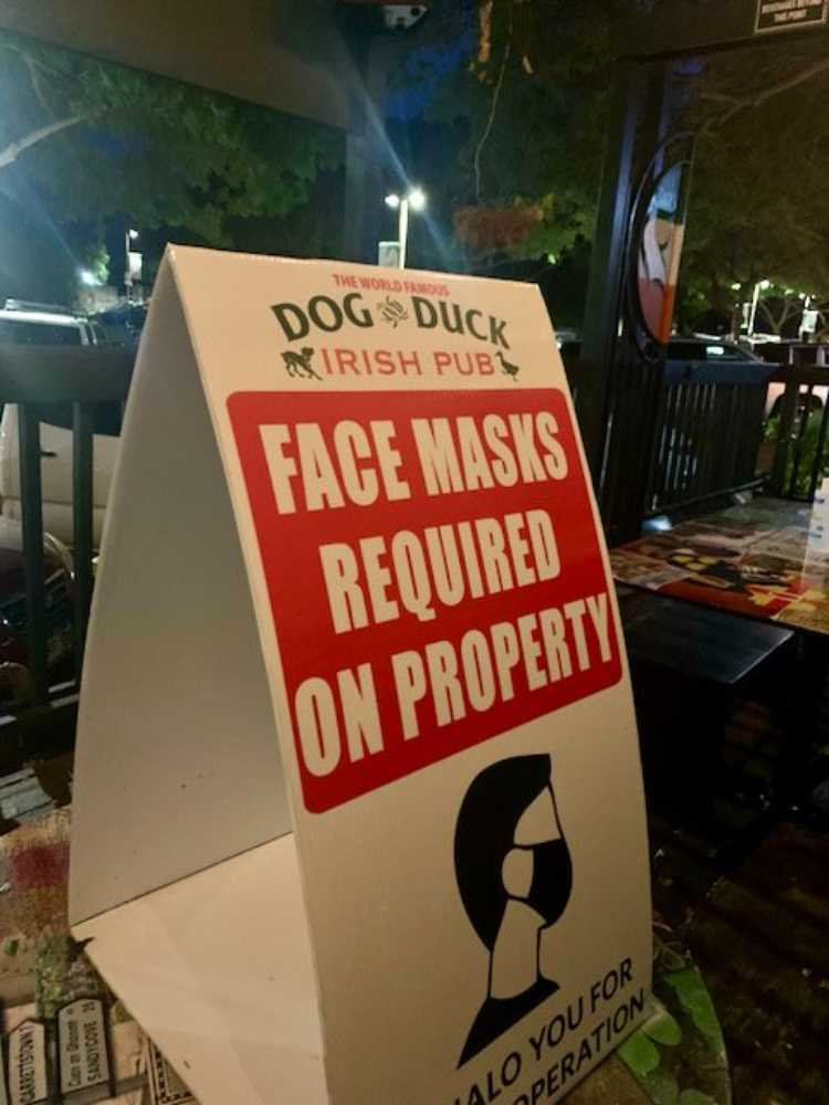 Face mask required at bar sign