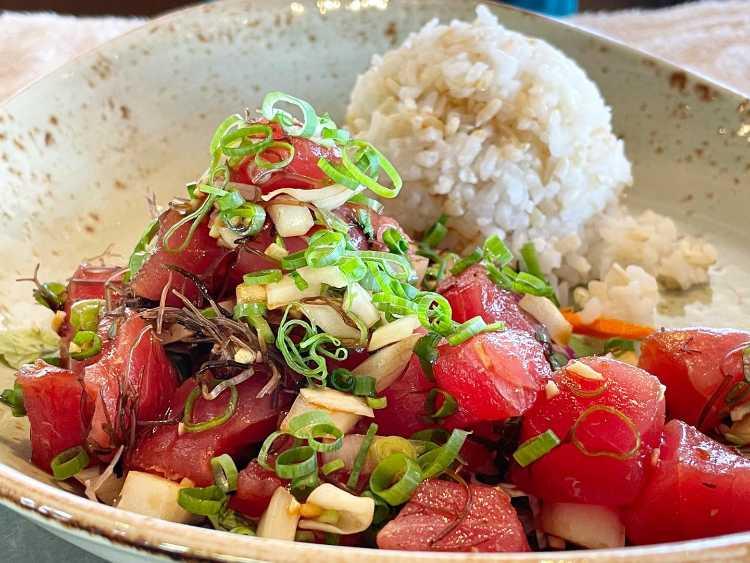 Ahi Poke in Hawaii - Huihui Happy Hour Maui Restaurant